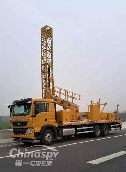 重汽豪沃T5G桥梁检测车助力日兰高速养护