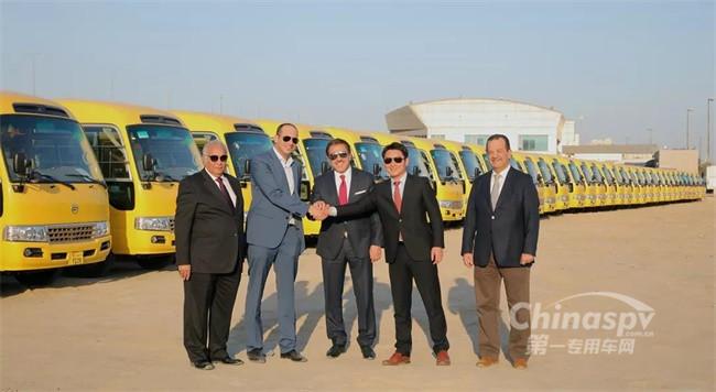 375辆金旅校车在科威特
