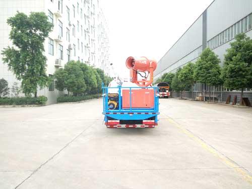 东风小多利卡绿化喷洒车2